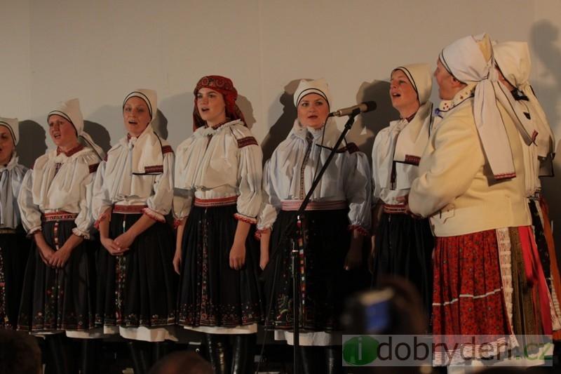 Premiérové představení balady Chodíval Matúšek