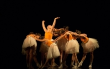 Tanec, tanec, tanec