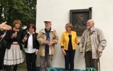Odhalení pamětního reliéfu J. V. Staňka
