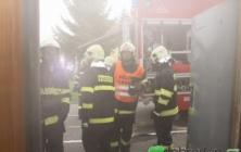 Cvičení hasičů v bílovickém kině