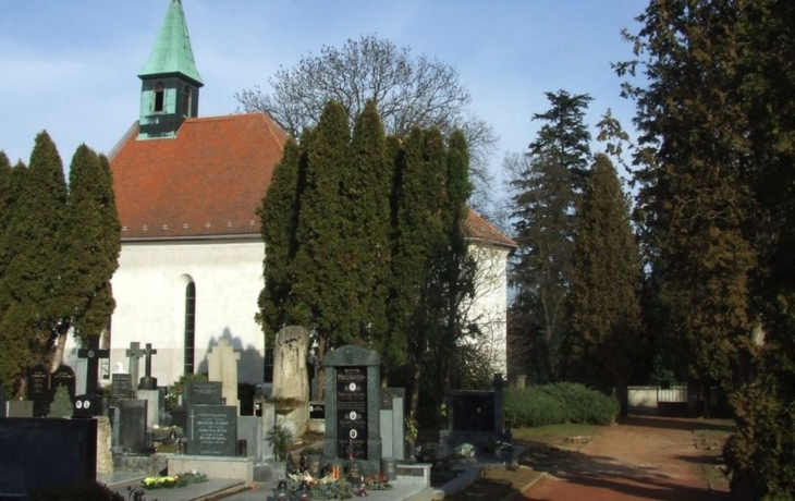 Na hřbitov se vrátí původní brána z 19. století