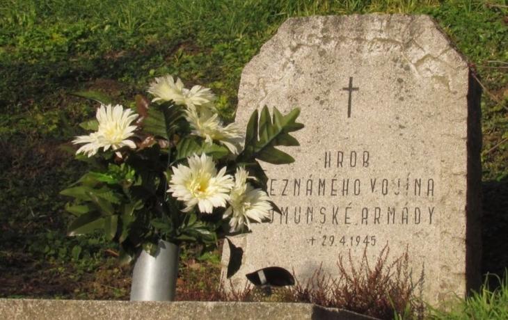 V Hradčovicích mají pietu s knězi dvou církví