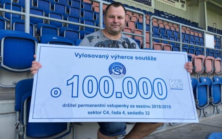 Fanoušek vyhrál sto tisíc korun, investuje do bydlení