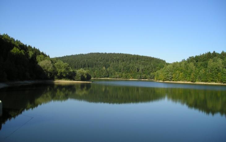 Stát chce nový zdroj vody. Zaplavení čeká domy i lesy?