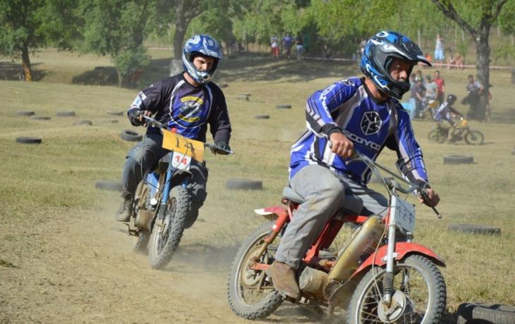 Motorkářky v Ořechově umí závodit