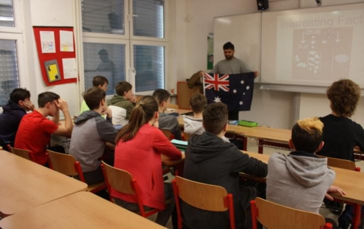 Edison v ZŠ Sportovní umožnil angličtinu s rodilými mluvčími