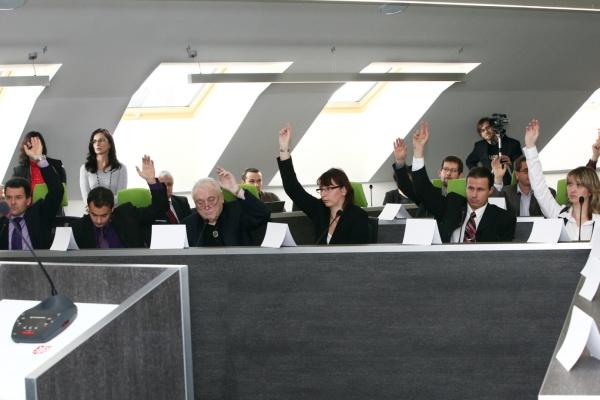Obsadí Zdravé Hradiště místa v komisích rady?
