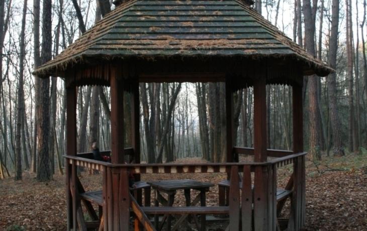 Nový terč vandalů: lesní altány