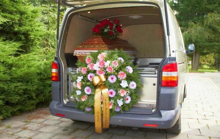 Hřbitov v Ostrohu se naplňuje. Město už vyhlíží prostory pro nový