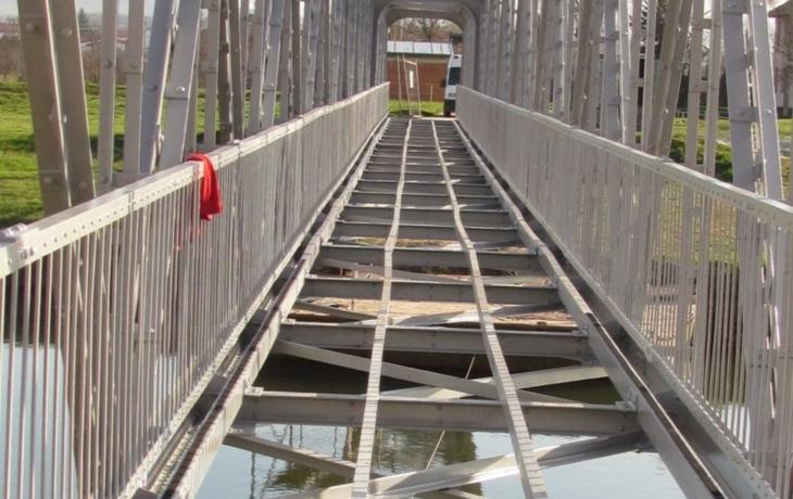 Objížďka končí, most se má otevřít už zítra