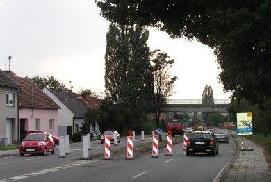 Zúží hlavní tah na slovenskou hranici