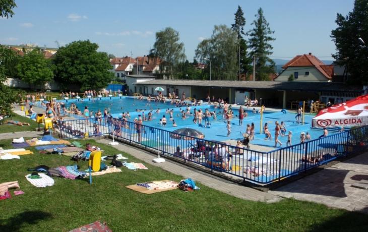 Aquapark chce dva otevřené bazény. Koupelky půjdou k zemi!