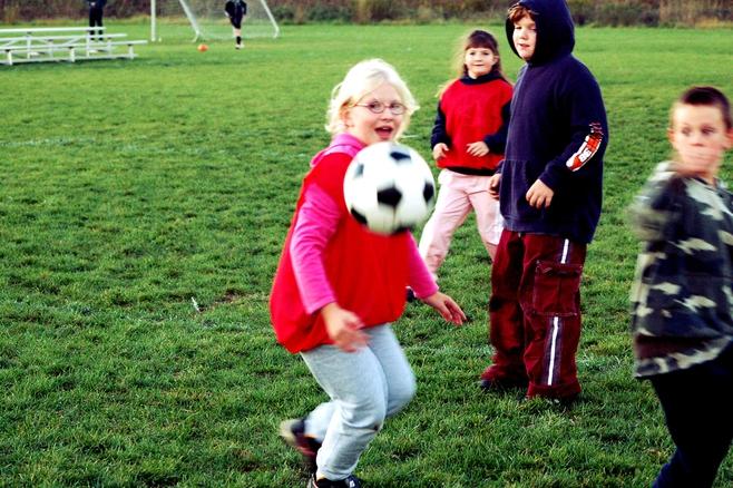 Lobbisté vtáhli do hry o sportovní areál i malé děti
