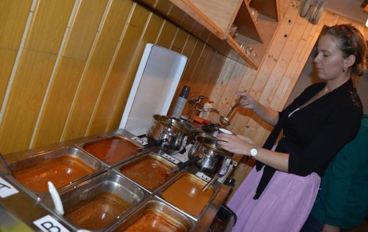Komňa obnovila kulinářskou soutěž