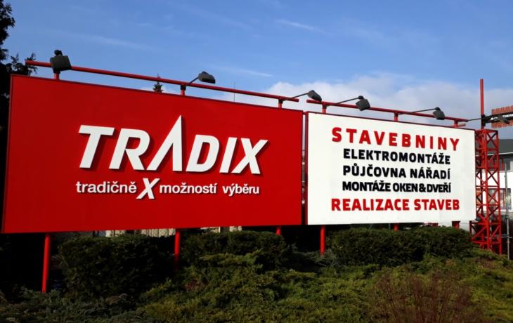 Tradix si zaplatil plošné testování. V karanténě jsou zedníci na stavbách a menší počet lidí z kanceláří
