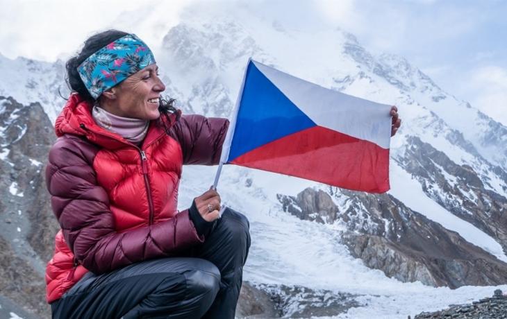 K2 s horolezkyní Kolouchovou a režisérkou Počtovou