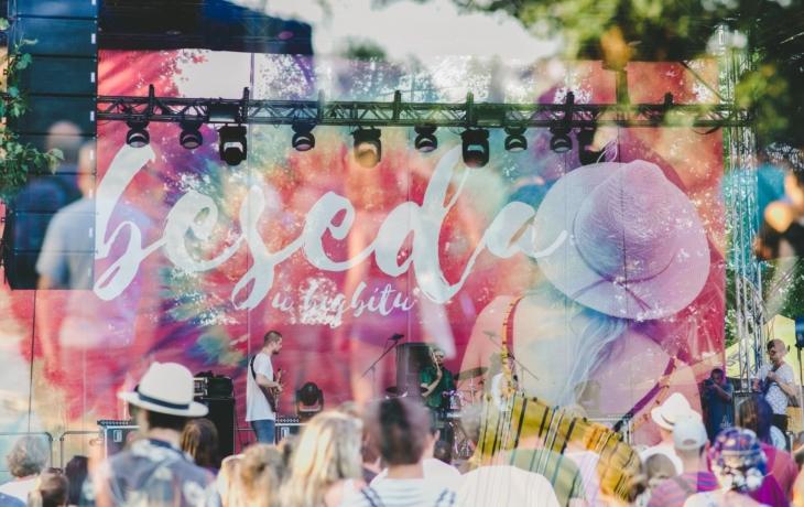 Zimní edice Besedy u Bigbítu se ruší, pořadatelé festivalu se soustředí až na léto