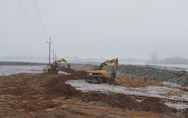 Archeologové obsadili úsek dálnice Babice - Staré Město!