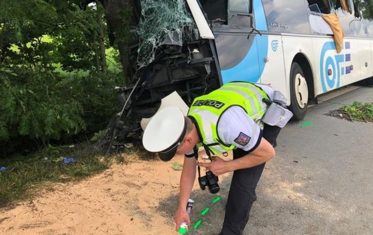 Koronavir nehodovost příliš nesnížil, na silnicích opět zemřeli tři lidé
