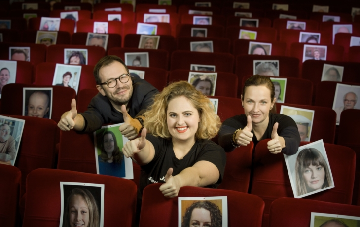 Za pade nepadnem, divadlo podpořilo už téměř 650 diváků