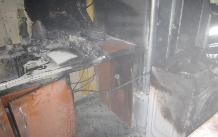 Hořel hostinec U Nemravů, majitele zachránili sousedé