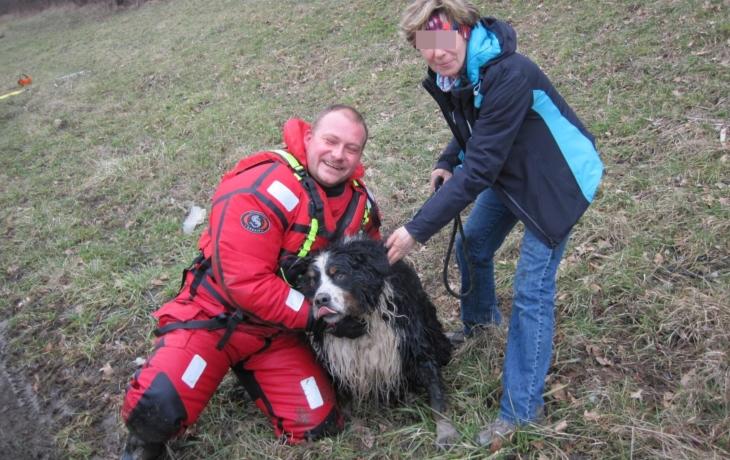 Hasiči z Moravy zachránili psa