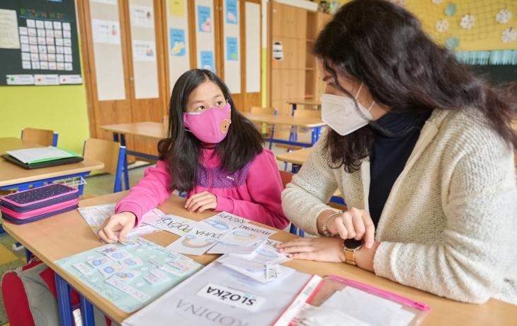 Rodiče má ve Vietnamu, s češtinou jí pomáhají studenti