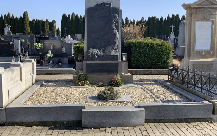 Hroby a hrobky s uměleckými díly - Bohumil Kafka