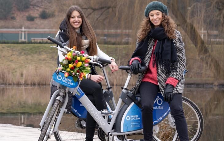 Modrá kola zaplní město, čtvrt hodiny budou zdarma