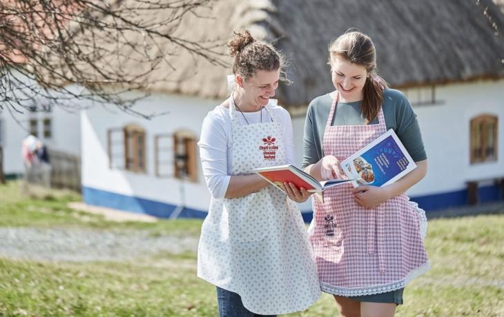 Předprodej slováckých kuchařek zahájen!