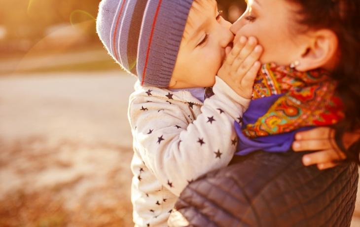 Milujte své syny a neumetejte jim cestičku