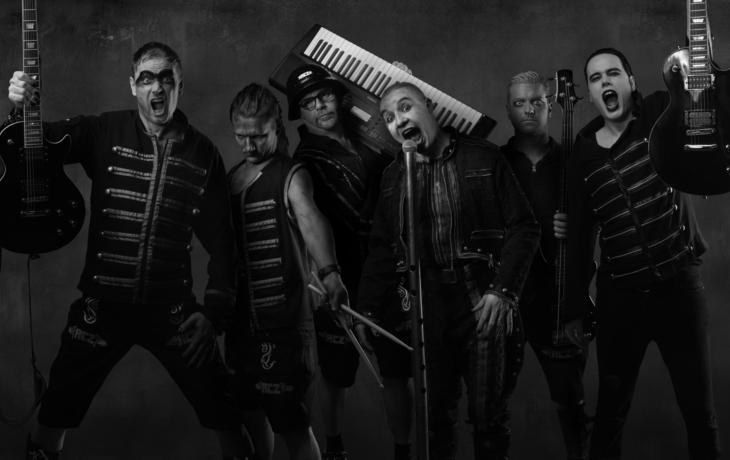 Slavnosti ozáří pyrotechnika a hity Rammstein