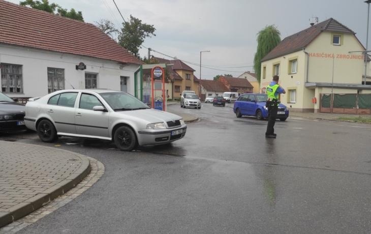 Doprava kolabuje, Vésky se bouří, objížďka Kunovic čelí ostré kritice