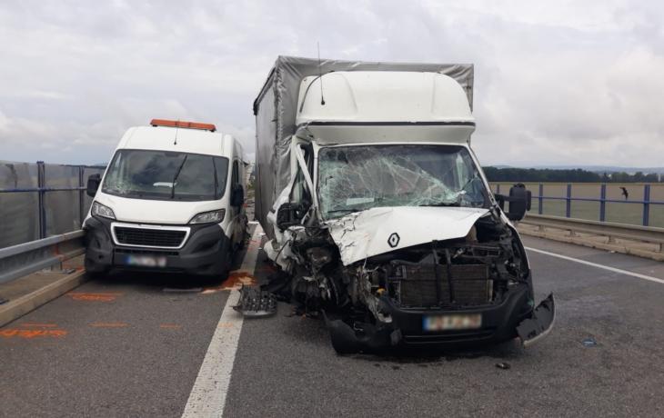 Tragická nehoda u Kunovic, dva mrtví!