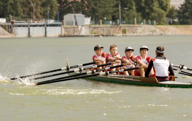 Medailové žně veslařů, bezkonkurenční Chrástek