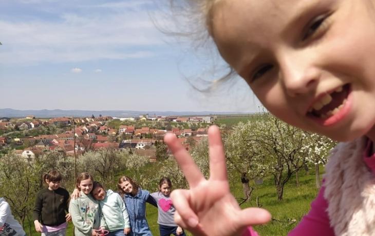 Kombinované  vzdělávání pro žáky v Ostrožské Lhotě