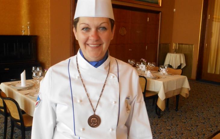 Šéfkuchařku Boráňovou zdobí medaile M. D. Rettigové