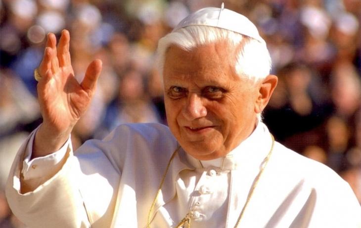 Na papeže je lépe si přivstat