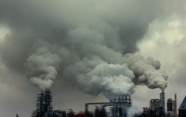 Město sužuje prach, dýchací cesty trpí!