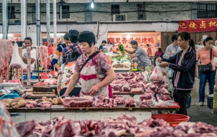 Zakažte mokré trhy v Číně, je to zdroj nákazy! Pomůže nová petice?