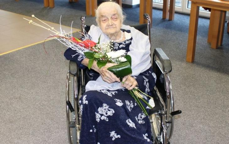 Stařence je 106, je šestou nejstarší v zemi