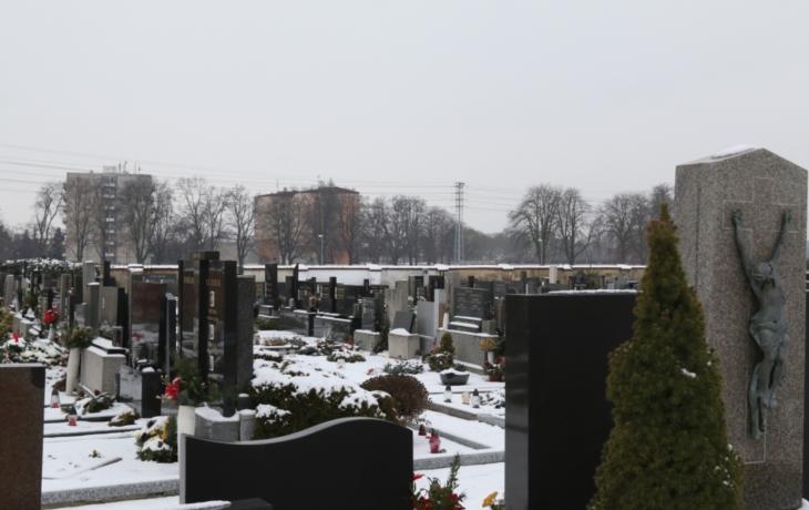 Kolumbárium je plné, do země budou pohřbívat už jen tři roky