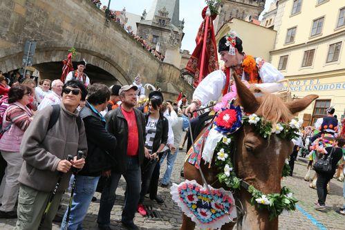 Toto Praha ještě nezažila aneb Na krála, matičko, na krála!