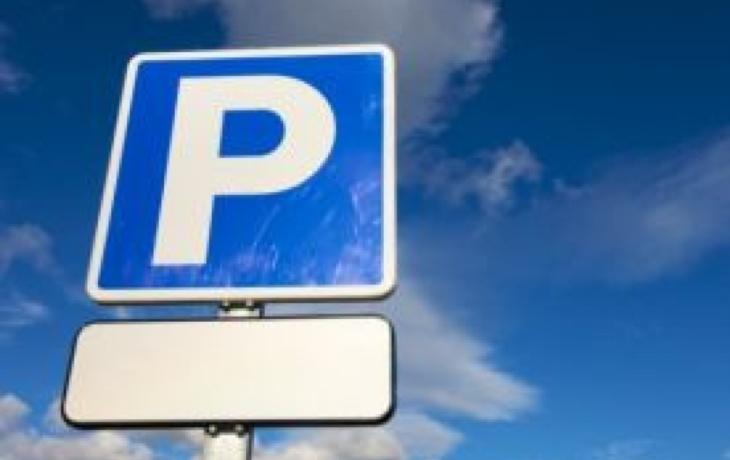 Parkování u školek? Nemožné