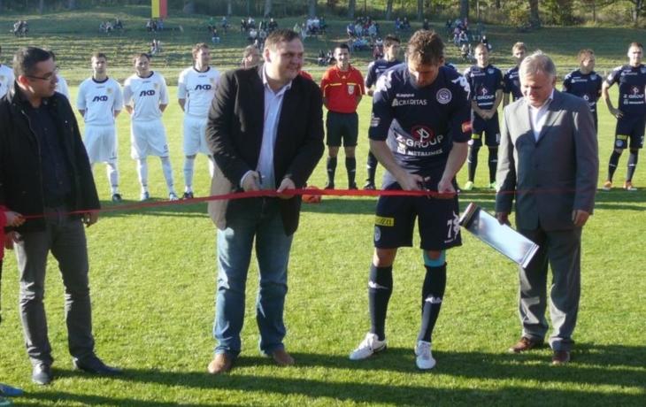 Klub se zadlužil u města, půjčil si 300 tisíc korun na trávník