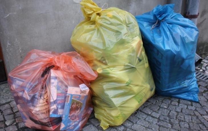 Radnice zvýšila bonus za třídění plastů