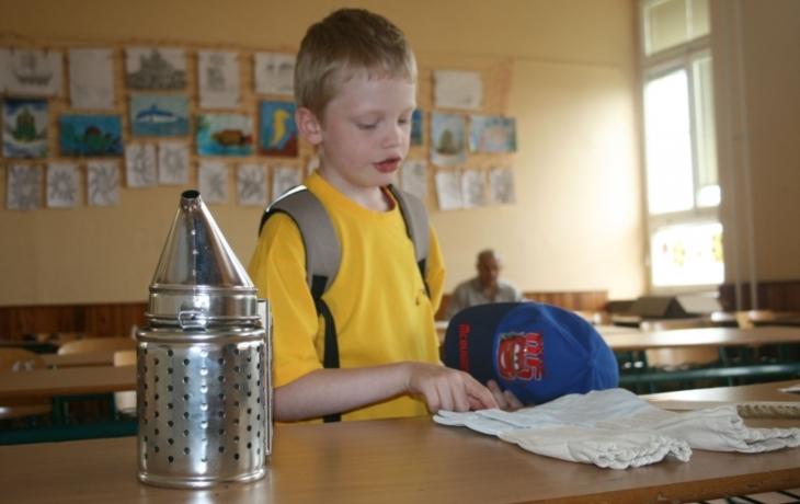 Školáci soutěžili po jednácti letech o Zlatou včelu