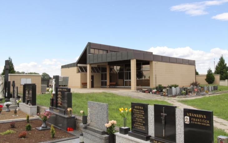 Hřbitovní kapli opraví i bez dotace