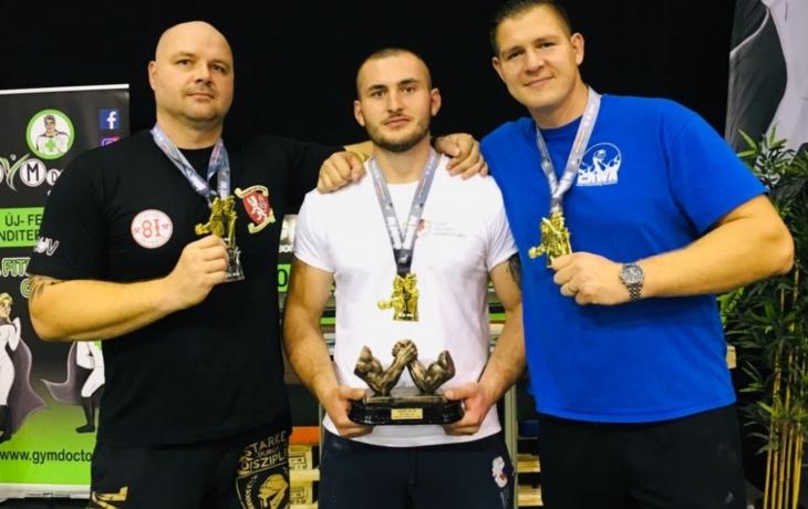 Zlatý hattrick pákařů z Hluku na Světovém poháru!