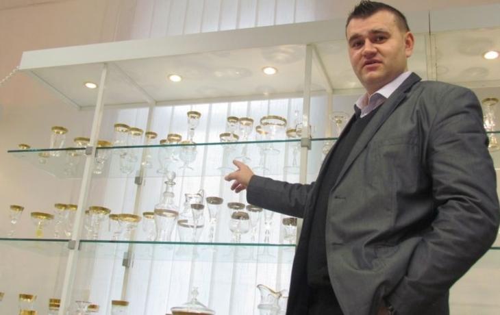 Export nezastaví ani válka, skleničky chrání trojobal
